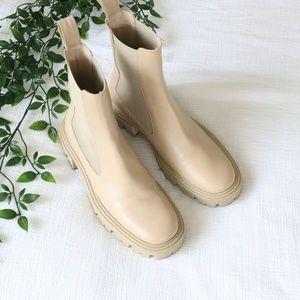 Low Heel Sole Lug Leather boot 7.5
